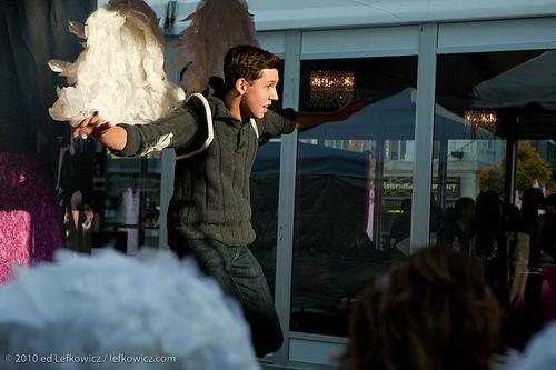 Angel taking fllight